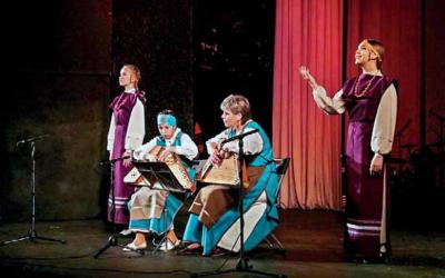 Runojen päivä yhisti folklorin kiinnoštunuita